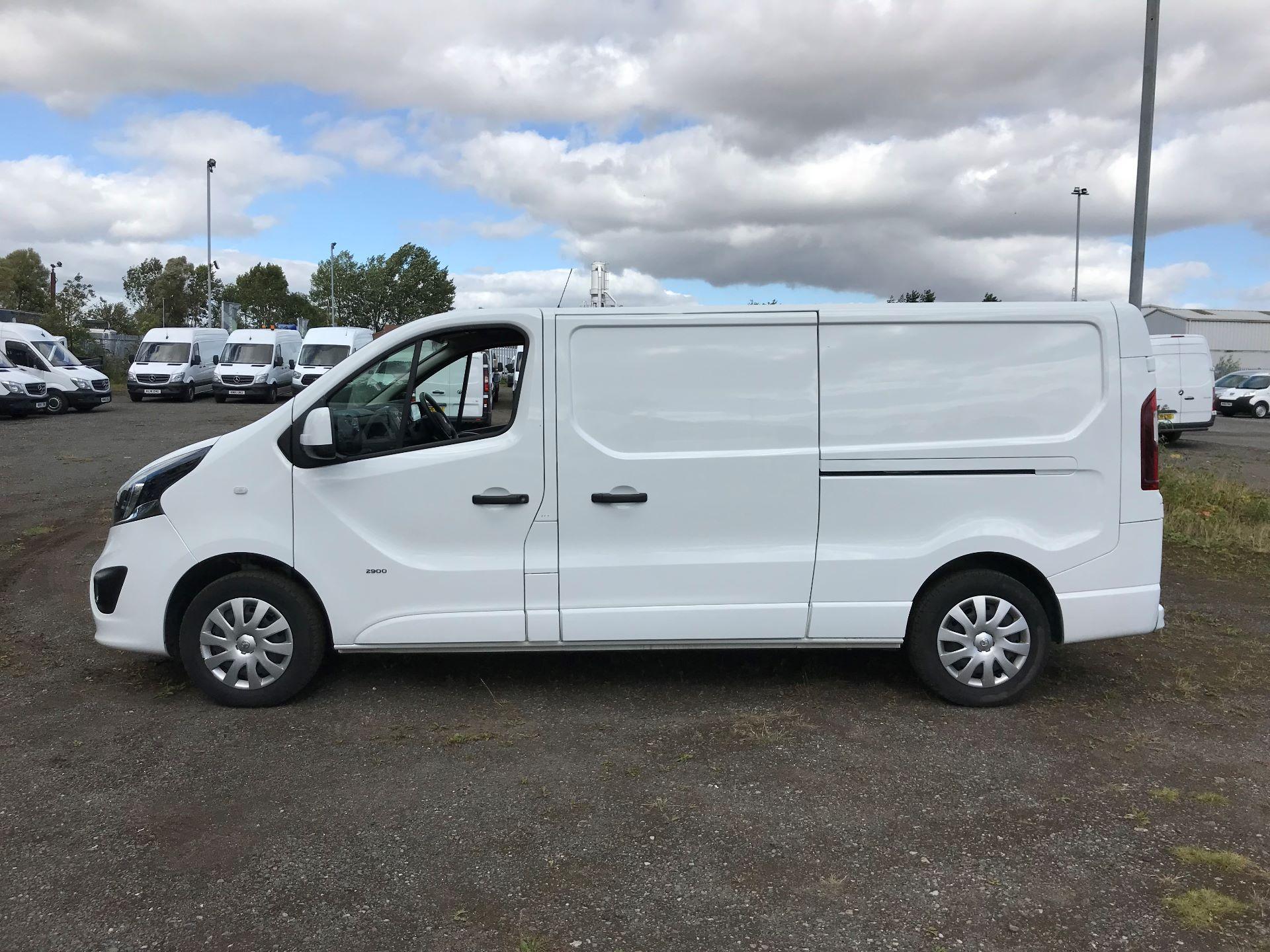 2017 Vauxhall Vivaro 2900 1.6Cdti 120Ps Sportive H1 Van (DS67CFO) Image 4