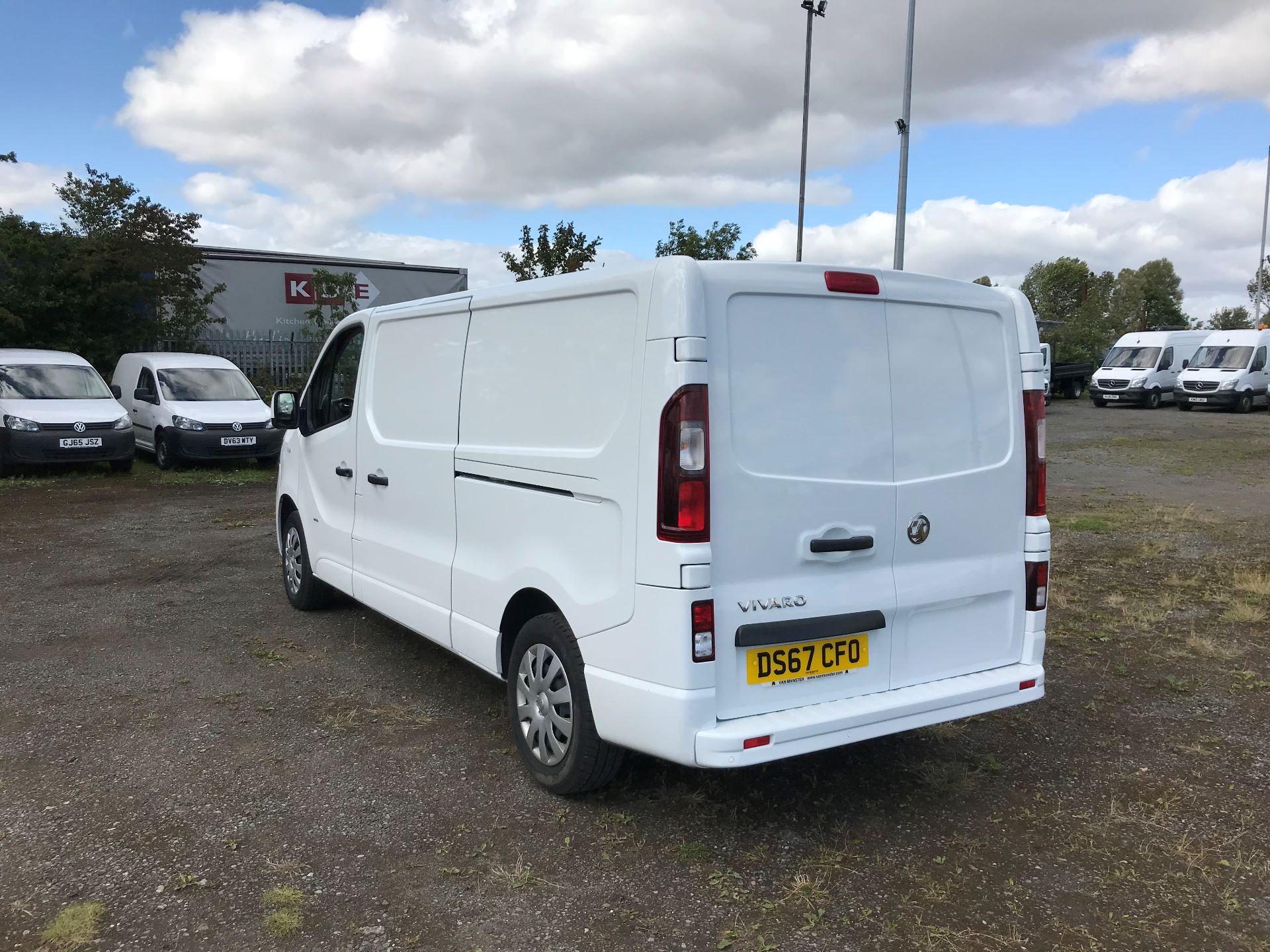 2017 Vauxhall Vivaro 2900 1.6Cdti 120Ps Sportive H1 Van (DS67CFO) Image 5