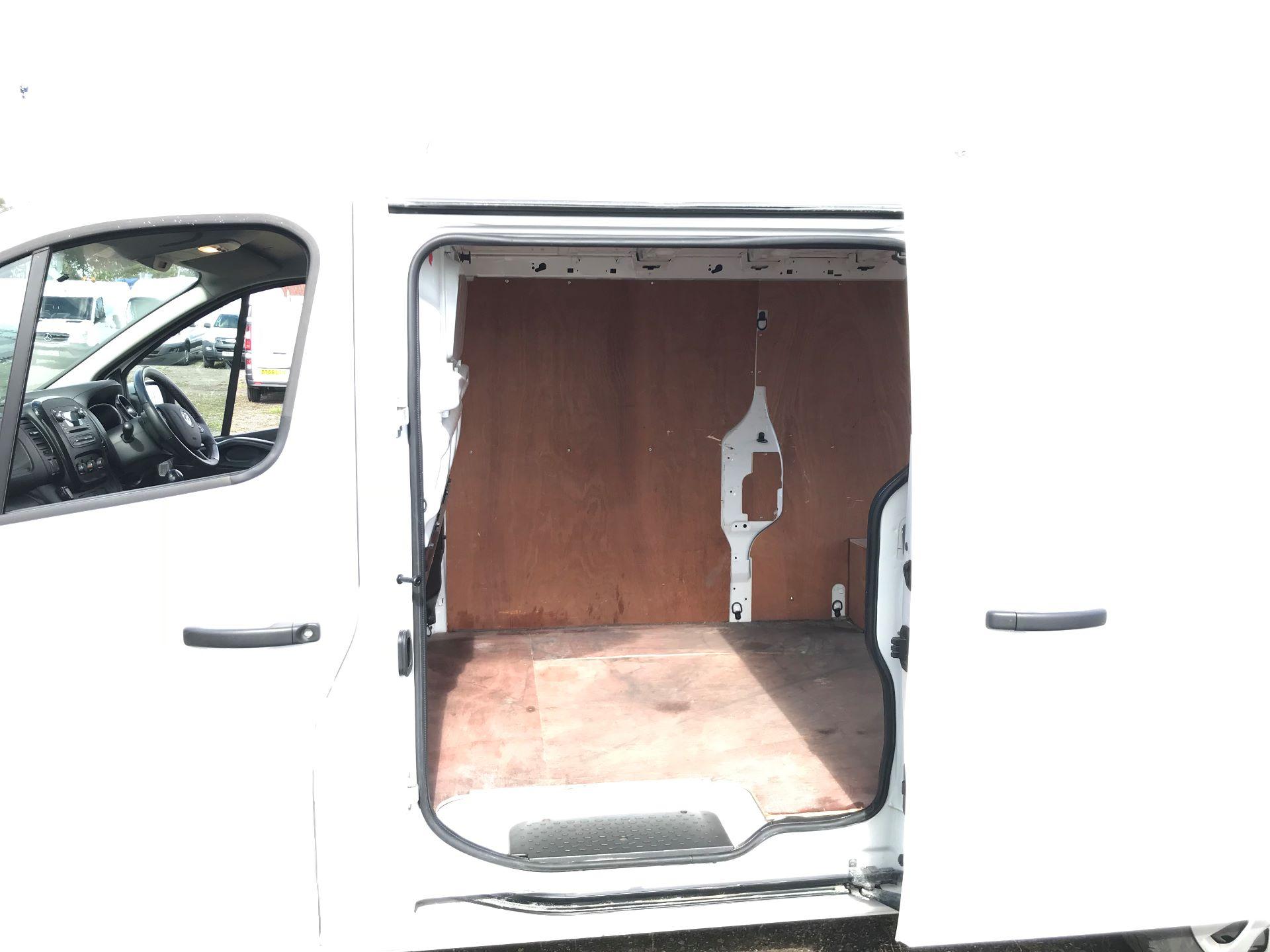 2017 Vauxhall Vivaro 2900 1.6Cdti 120Ps Sportive H1 Van (DS67CFO) Image 17