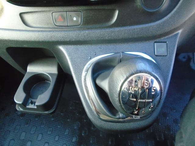 2017 Vauxhall Vivaro L2 H1 2900 1.6CDTI 120PS SPORTIVE  EURO 6  (DS67CHJ) Image 32