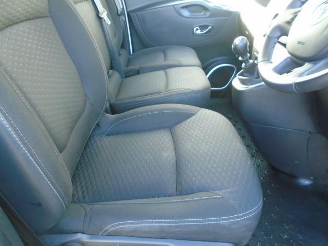 2017 Vauxhall Vivaro L2 H1 2900 1.6CDTI 120PS SPORTIVE  EURO 6  (DS67CHJ) Image 19