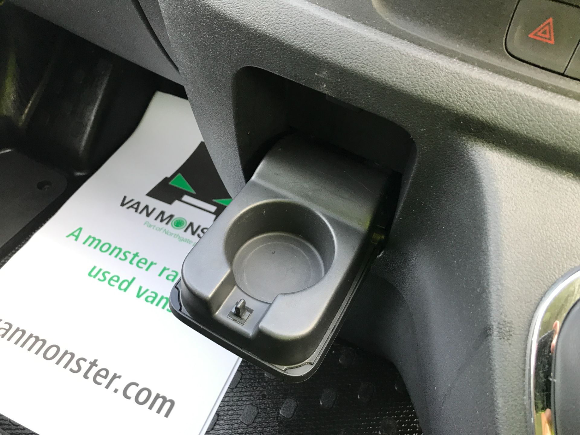 2017 Vauxhall Vivaro 2900 L2 H1 1.6CDTI 120PS SPORTIVE EURO 6 (DS67CJF) Image 31