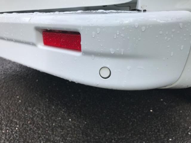 2017 Vauxhall Vivaro 2900 L2 H1 1.6CDTI 120PS SPORTIVE EURO 6 (DS67CJV) Image 21