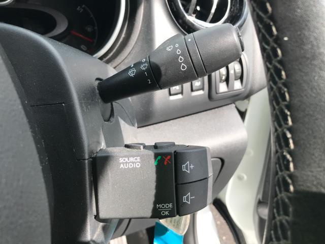 2017 Vauxhall Vivaro 2900 L2 H1 1.6CDTI 120PS SPORTIVE EURO 6 (DS67CJV) Image 23