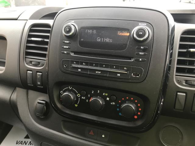 2017 Vauxhall Vivaro 2900 L2 H1 1.6CDTI 120PS SPORTIVE EURO 6 (DS67CJV) Image 11
