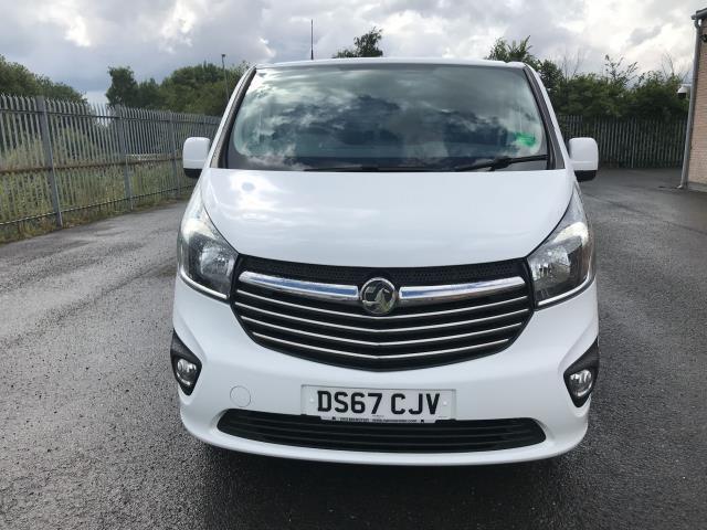 2017 Vauxhall Vivaro 2900 L2 H1 1.6CDTI 120PS SPORTIVE EURO 6 (DS67CJV) Image 18