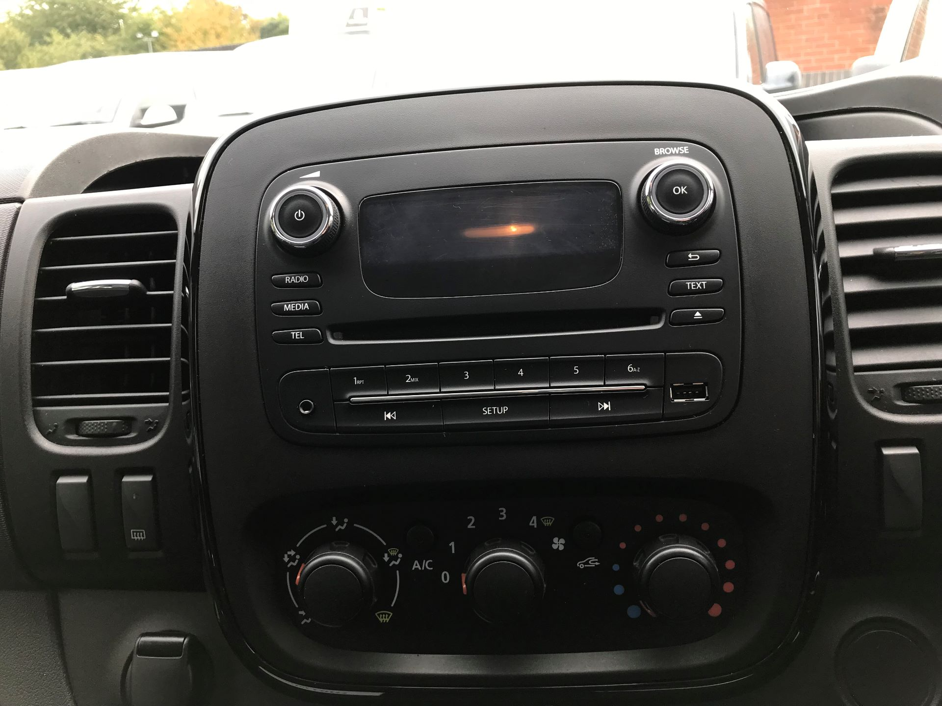 2017 Vauxhall Vivaro L2 H1 2900 1.6CDTI 120PS SPORTIVE EURO 6 (DS67CME) Image 6