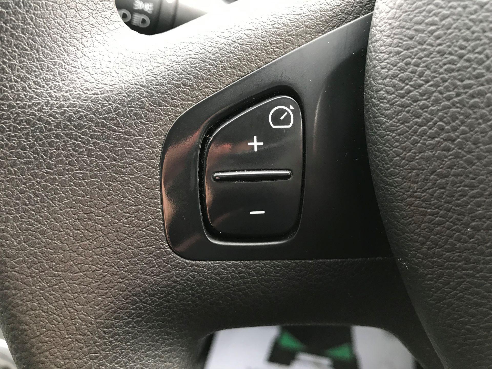 2017 Vauxhall Vivaro L2 H1 2900 1.6CDTI 120PS SPORTIVE EURO 6 (DS67CME) Image 19