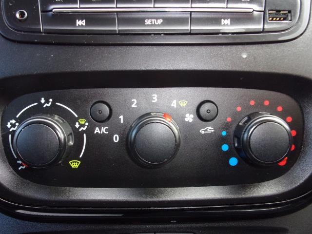 2017 Vauxhall Vivaro 2900 1.6Cdti 120Ps Sportive L2 H1 Van (DS67CNX) Image 7