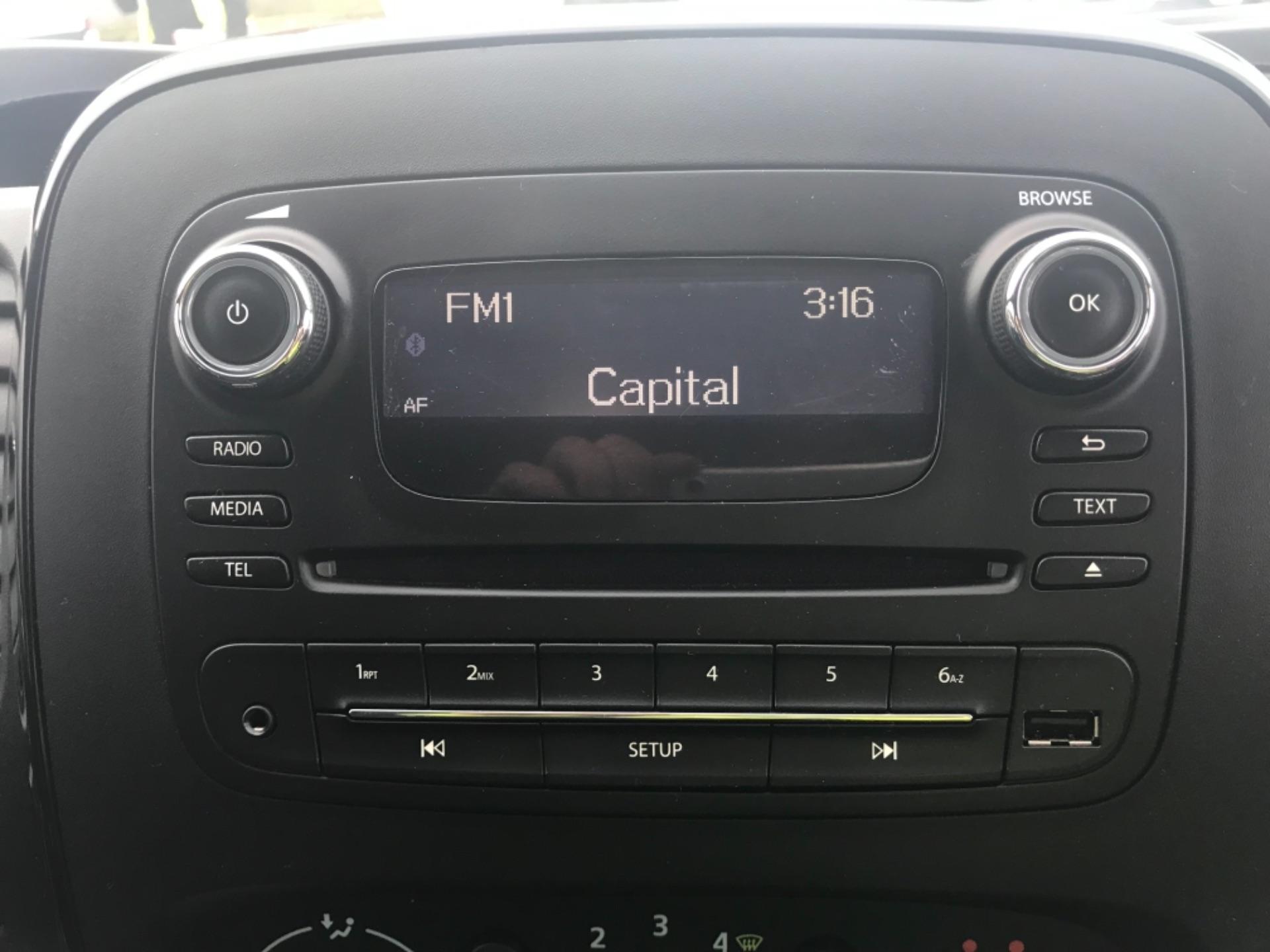 2017 Vauxhall Vivaro L2 H1 2900 1.6CDTI 120PS SPORTIVE EURO 6 (DS67CPX) Image 11
