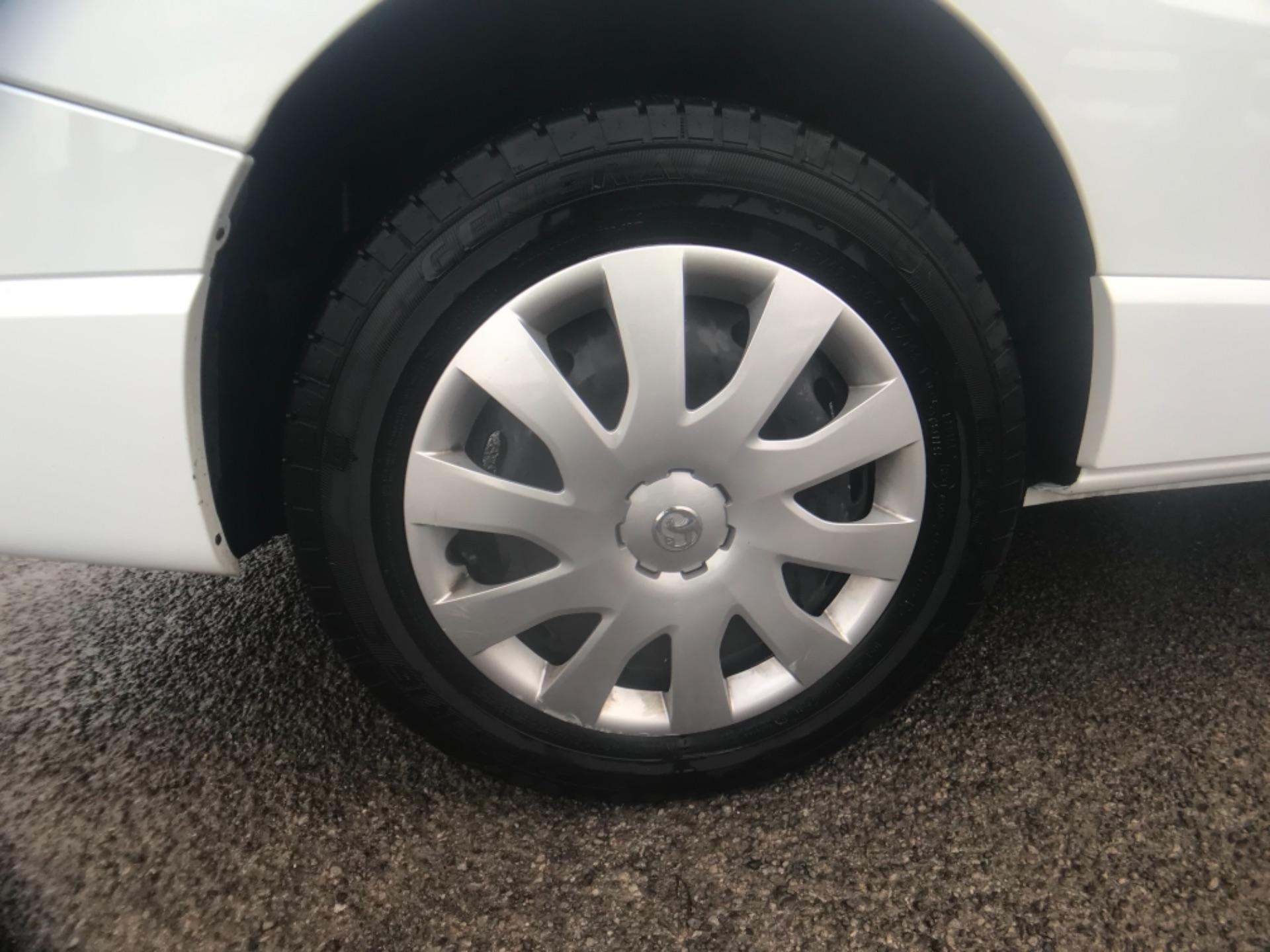 2017 Vauxhall Vivaro L2 H1 2900 1.6CDTI 120PS SPORTIVE EURO 6 (DS67CPX) Image 27