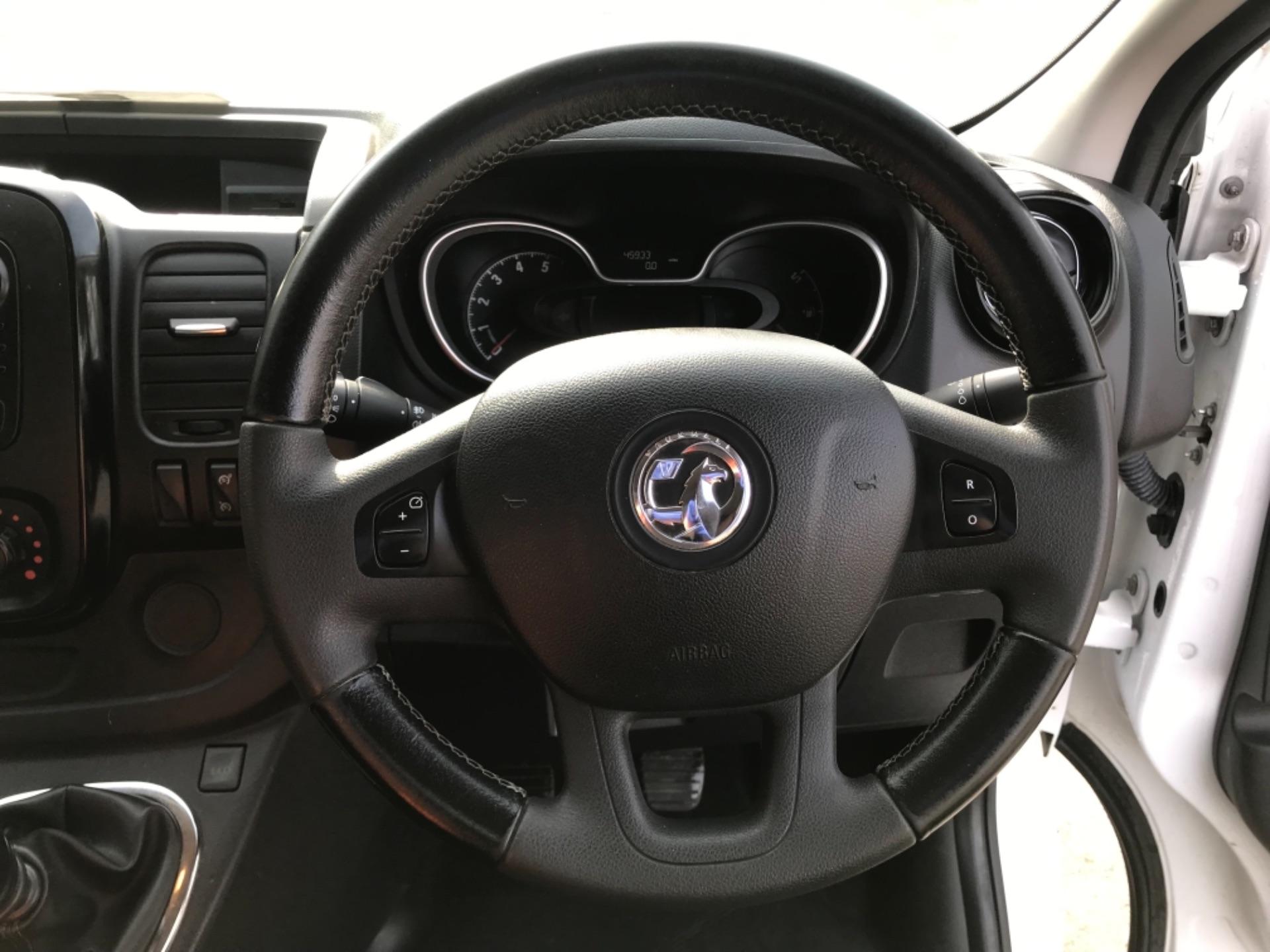 2017 Vauxhall Vivaro L2 H1 2900 1.6CDTI 120PS SPORTIVE EURO 6 (DS67CVY) Image 13