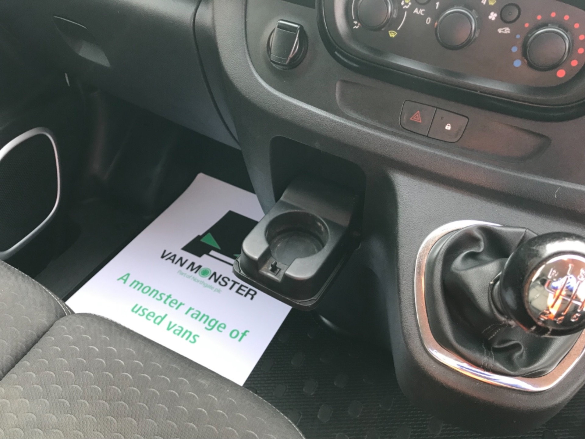 2017 Vauxhall Vivaro L2 H1 2900 1.6CDTI 120PS SPORTIVE EURO 6 (DS67CVY) Image 23