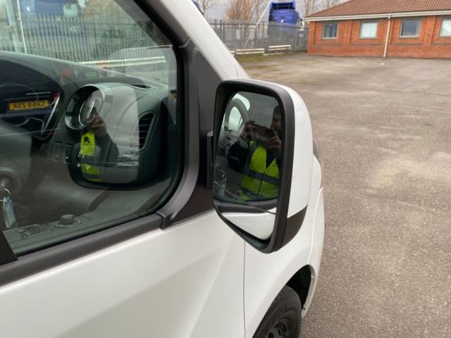 2017 Vauxhall Vivaro 2700 1.6Cdti 120Ps Sportive H1 Van (DS67CXO) Image 10