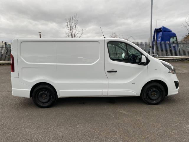 2017 Vauxhall Vivaro 2700 1.6Cdti 120Ps Sportive H1 Van (DS67CXO) Image 8