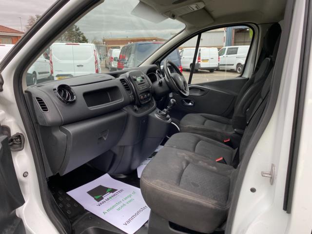 2017 Vauxhall Vivaro 2700 1.6Cdti 120Ps Sportive H1 Van (DS67CXO) Image 14