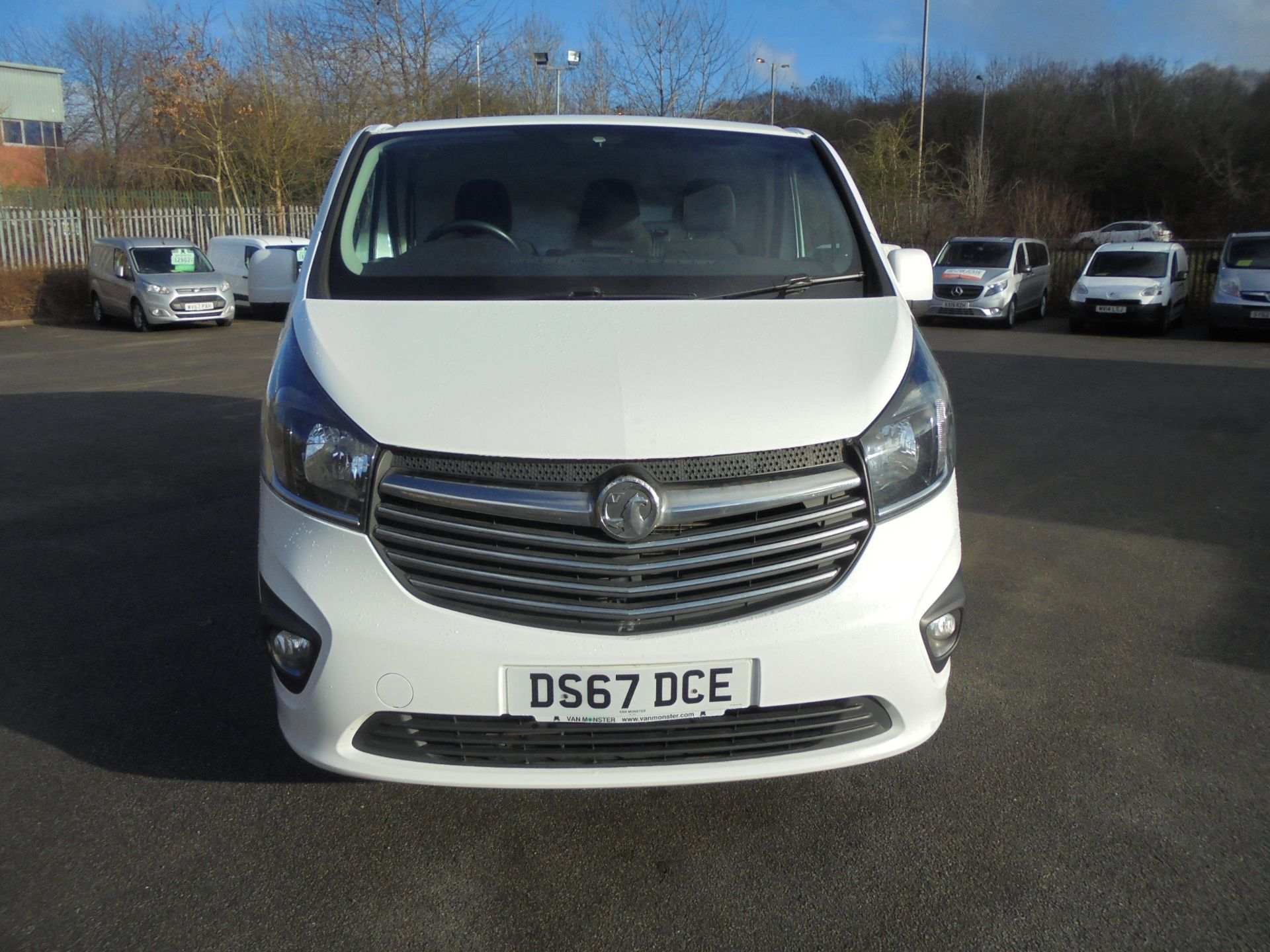 2017 Vauxhall Vivaro 2900 1.6Cdti 120Ps Sportive H1 Van (DS67DCE) Image 2