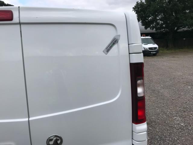 2017 Vauxhall Vivaro L2 H1 2900 1.6CDTI 120PS SPORTIVE EURO 6 (DS67DLJ) Image 42