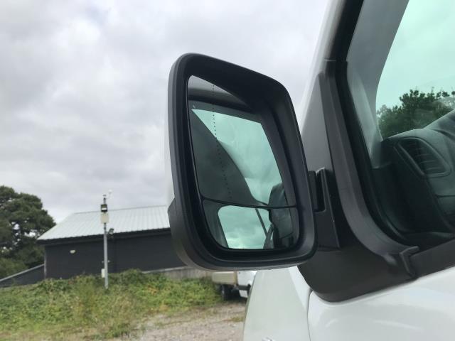 2017 Vauxhall Vivaro L2 H1 2900 1.6CDTI 120PS SPORTIVE EURO 6 (DS67DLJ) Image 14