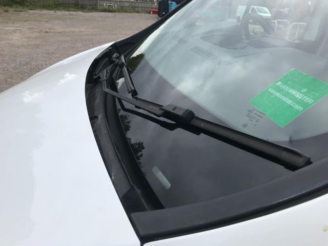 2017 Vauxhall Vivaro L2 H1 2900 1.6CDTI 120PS SPORTIVE EURO 6 (DS67DLJ) Image 20