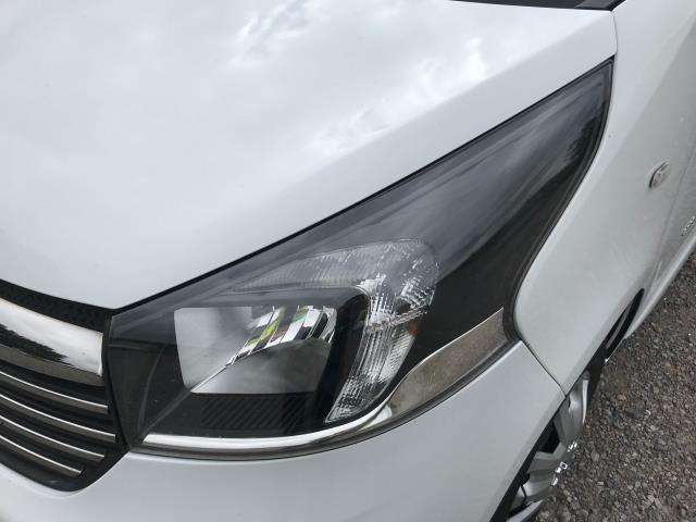 2017 Vauxhall Vivaro L2 H1 2900 1.6CDTI 120PS SPORTIVE EURO 6 (DS67DLJ) Image 19
