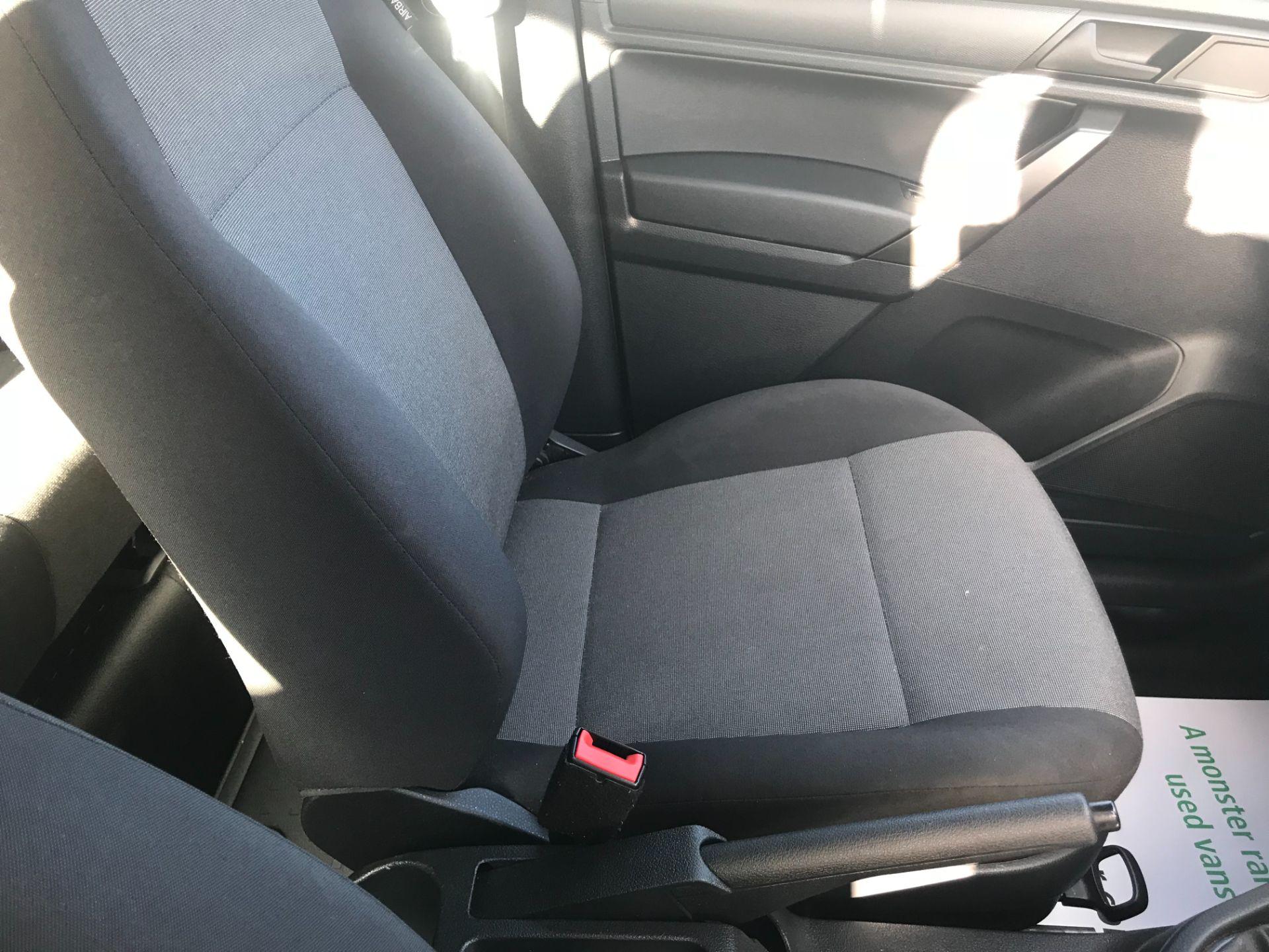 2017 Volkswagen Caddy Maxi  2.0 102PS KOMBI EURO 6 (DS67MUE) Image 27