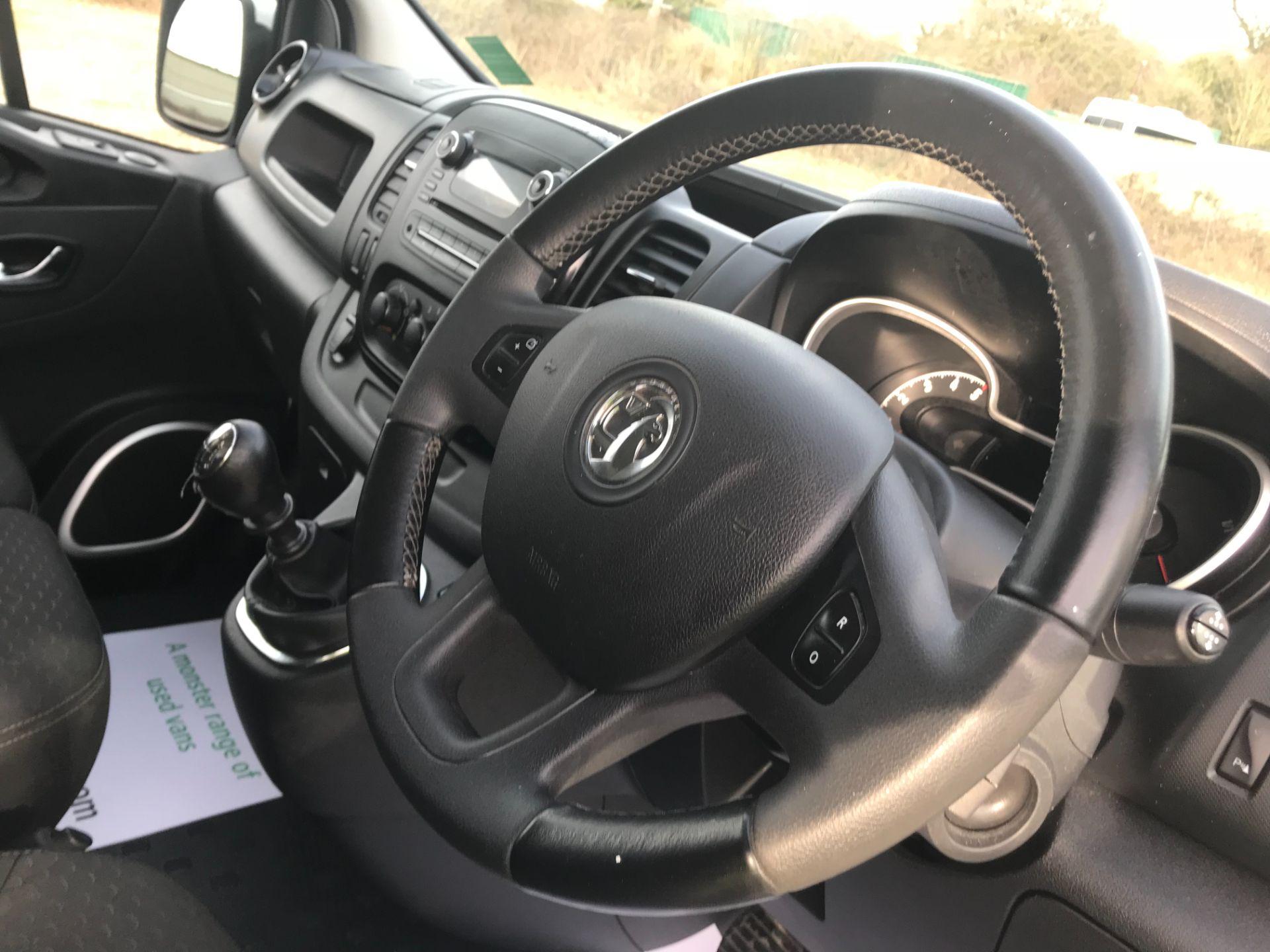 2017 Vauxhall Vivaro L2 H1 2900 1.6CDTI 120PS SPORTIVE EURO 6 (DS67UUX) Image 20