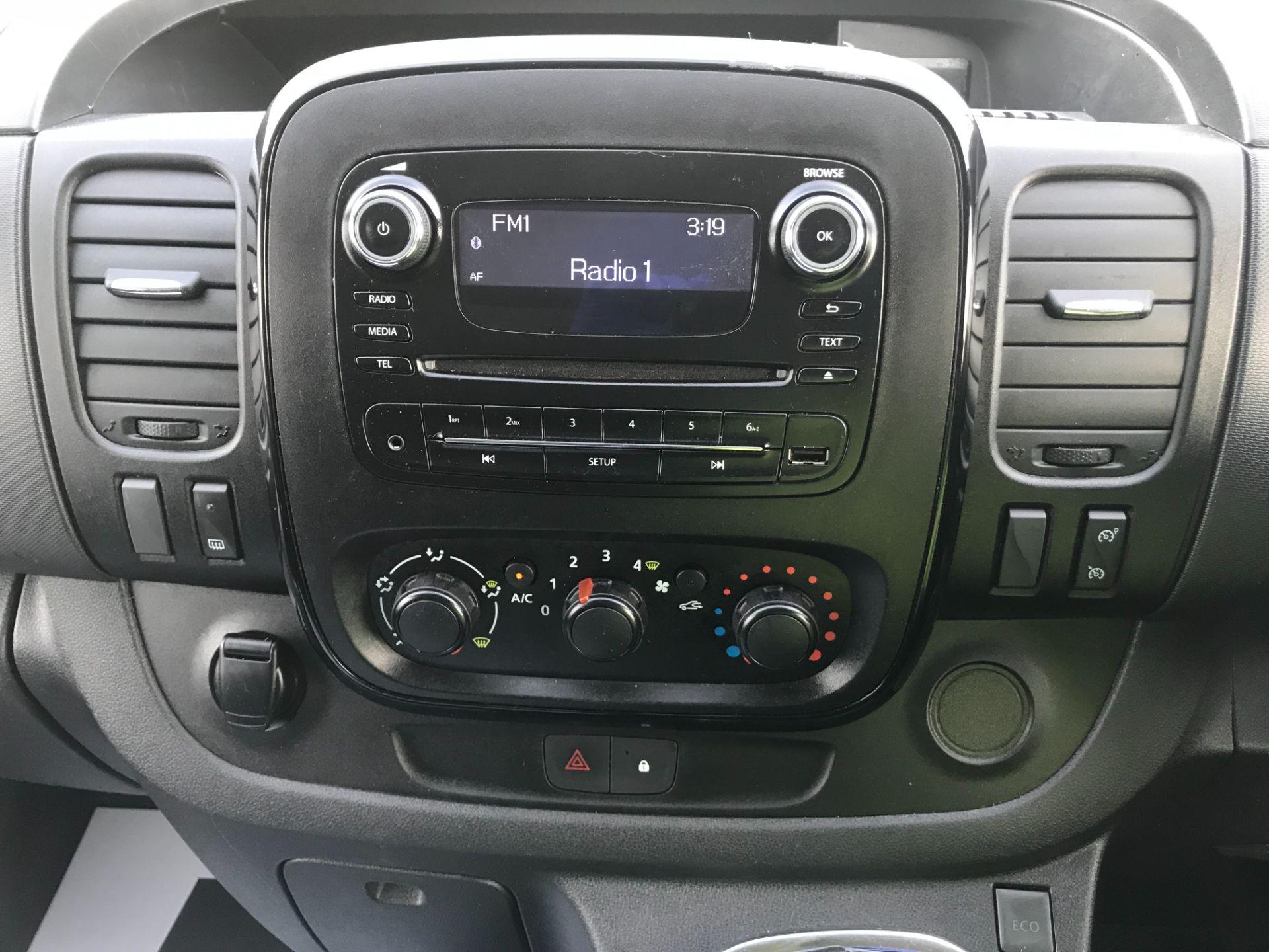2017 Vauxhall Vivaro L2 H1 2900 1.6CDTI 120PS SPORTIVE EURO 6 (DS67UUX) Image 24