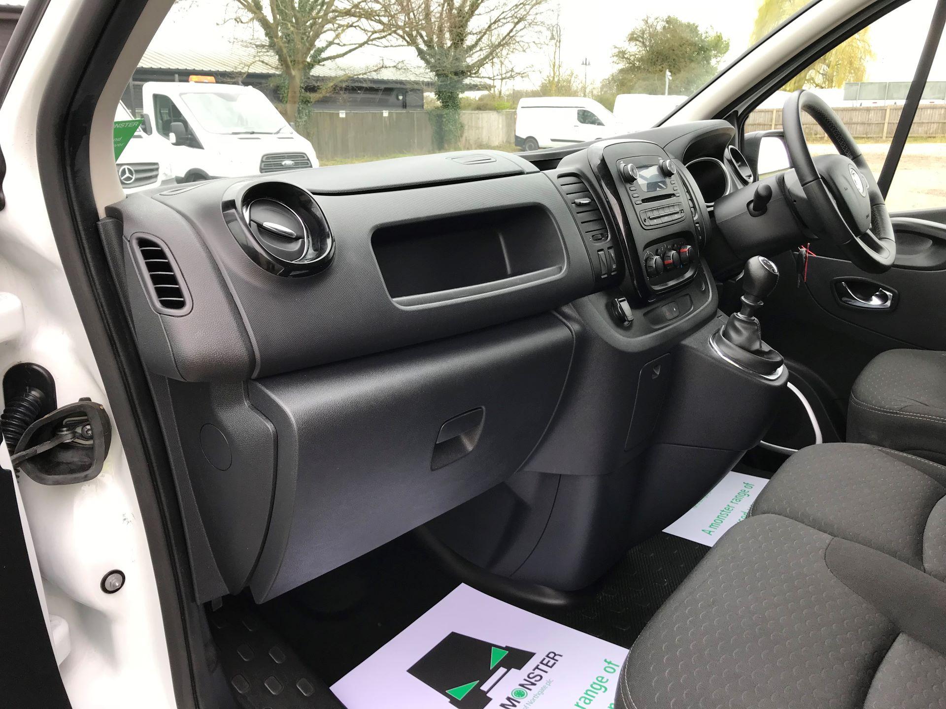 2018 Vauxhall Vivaro L2 H1 2900 1.6CDTI 120PS SPORTIVE EURO 6 (DS68FTU) Image 13