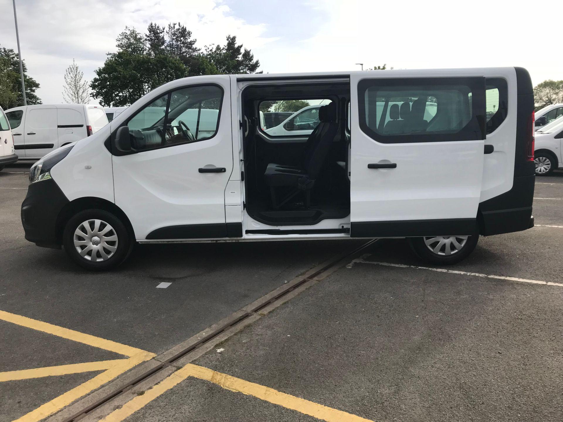 2018 Vauxhall Vivaro 2900 1.6Cdti 120Ps H1 Combi 9 Seat (DS68FWC) Image 16