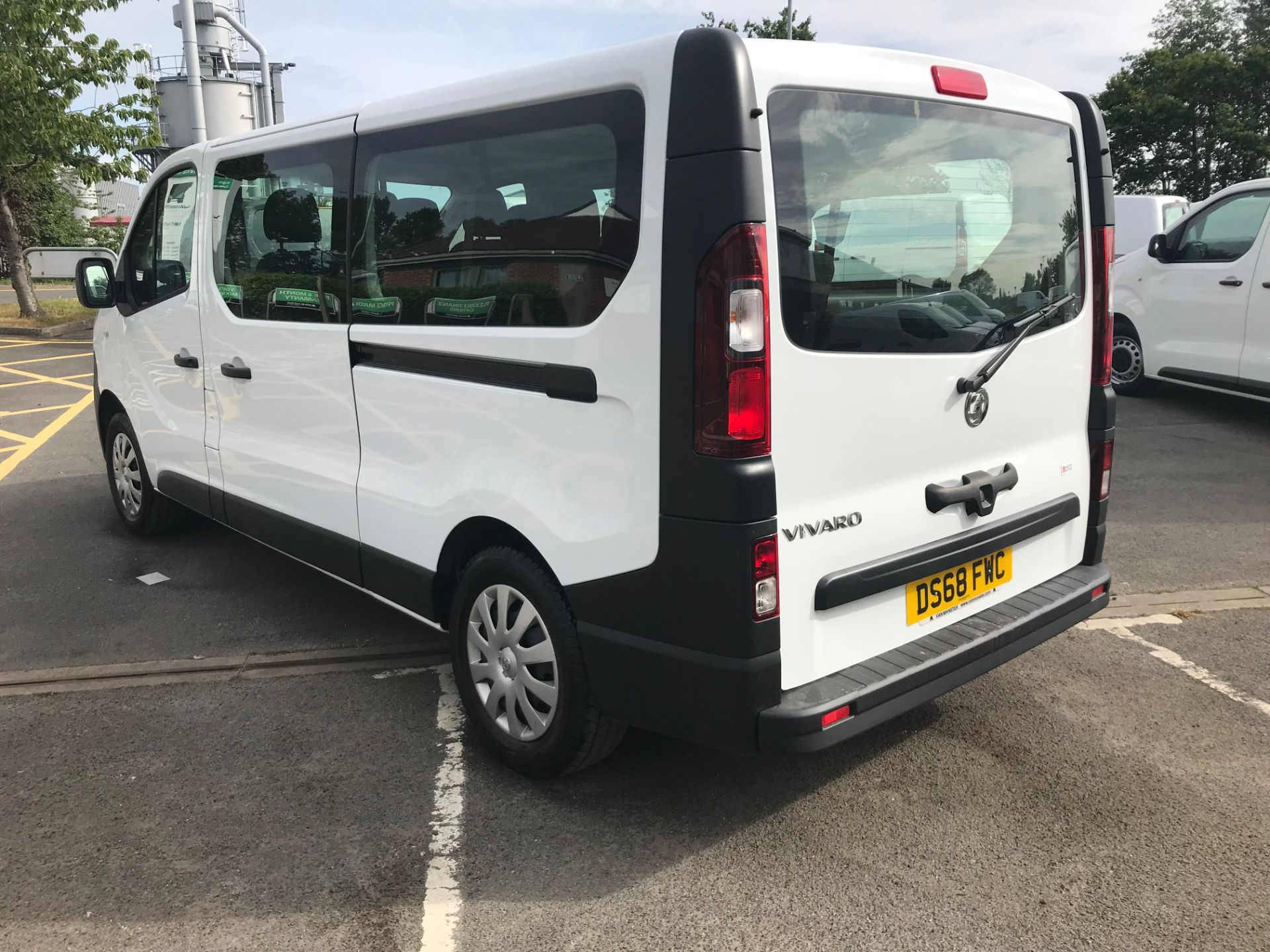 2018 Vauxhall Vivaro 2900 1.6Cdti 120Ps H1 Combi 9 Seat (DS68FWC) Image 5