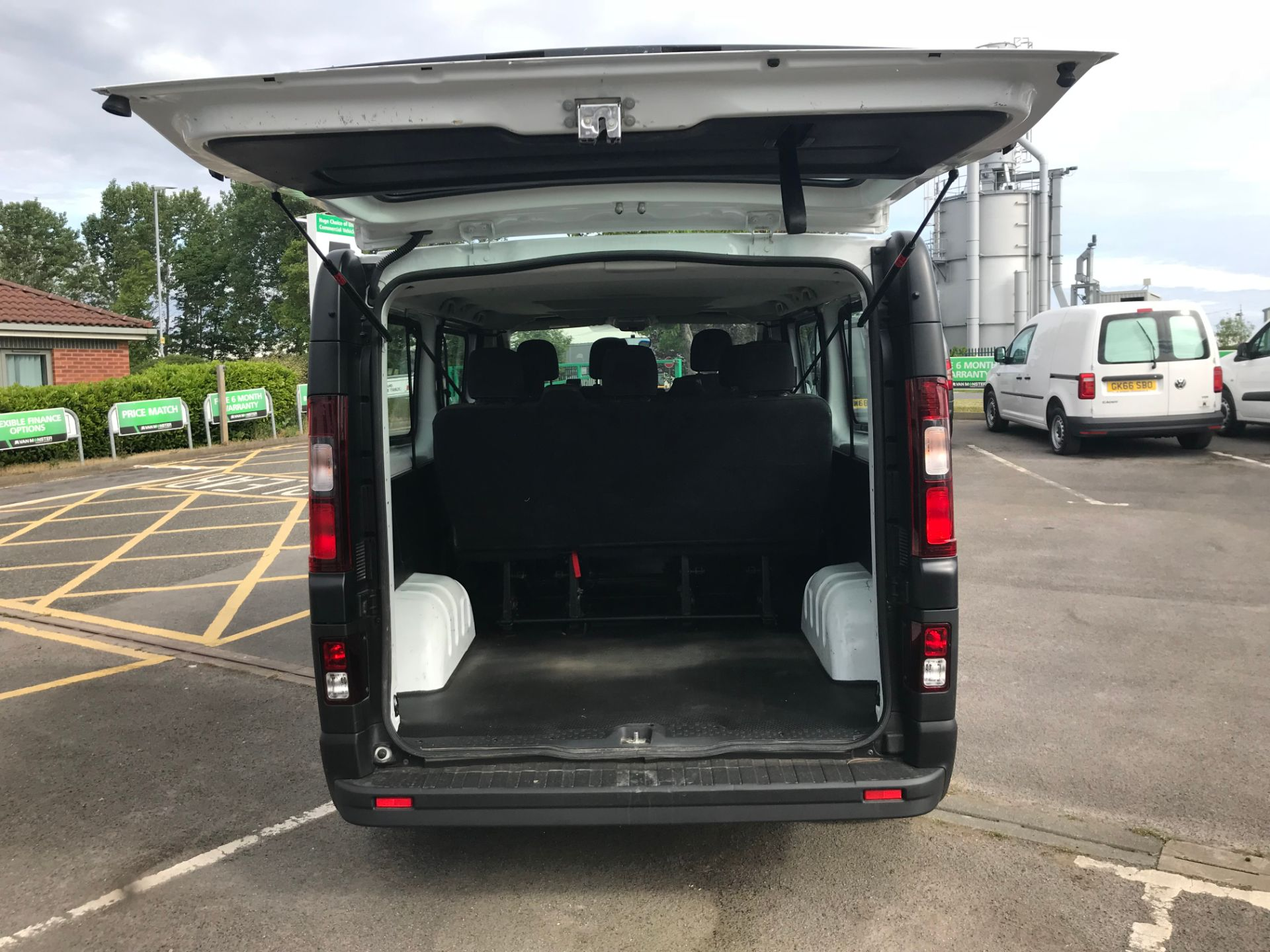 2018 Vauxhall Vivaro 2900 1.6Cdti 120Ps H1 Combi 9 Seat (DS68FWC) Image 17