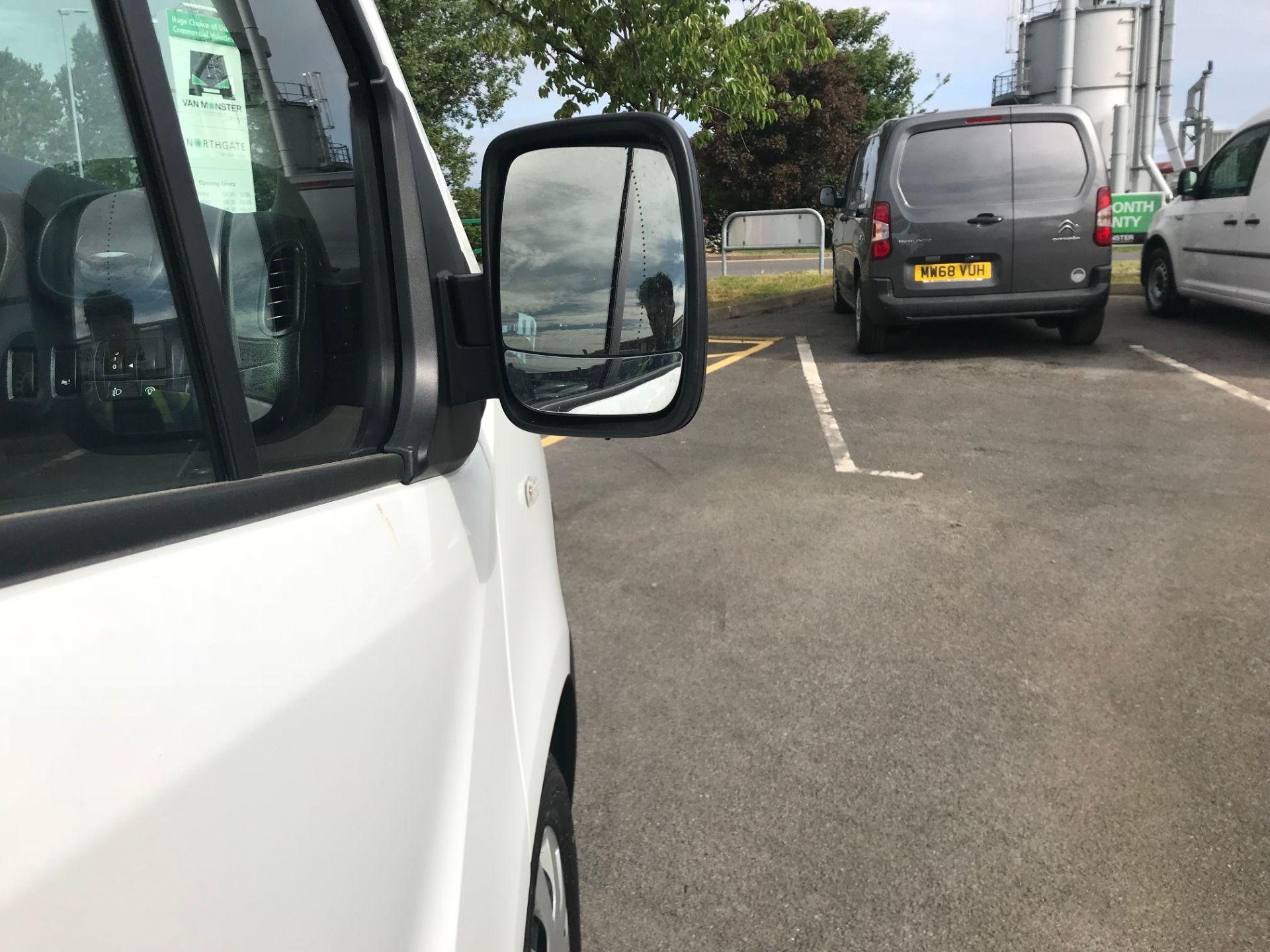 2018 Vauxhall Vivaro 2900 1.6Cdti 120Ps H1 Combi 9 Seat (DS68FWC) Image 10