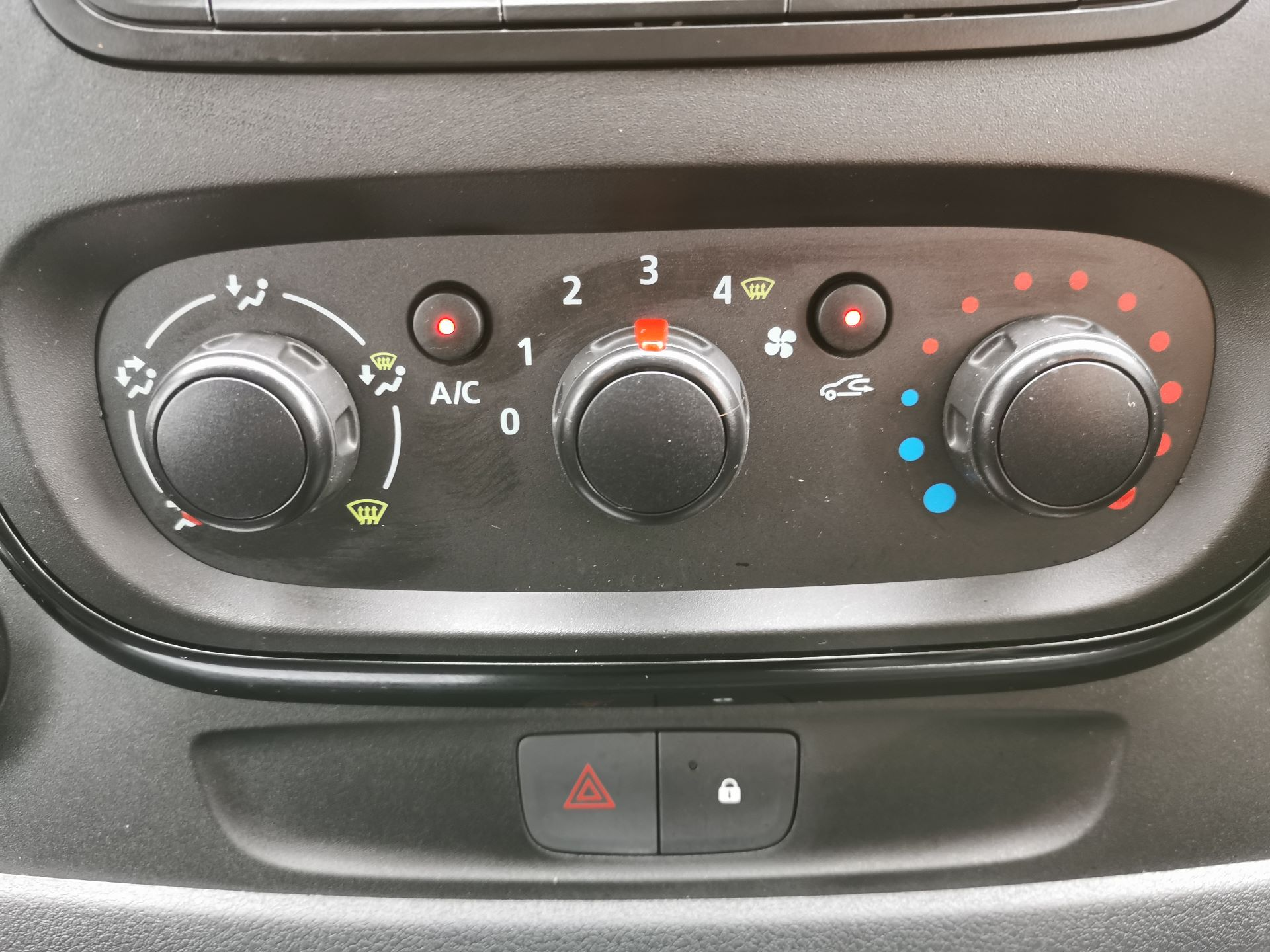 2018 Vauxhall Vivaro 2900 1.6Cdti 120Ps Sportive H1 Van (DS68JWC) Image 7