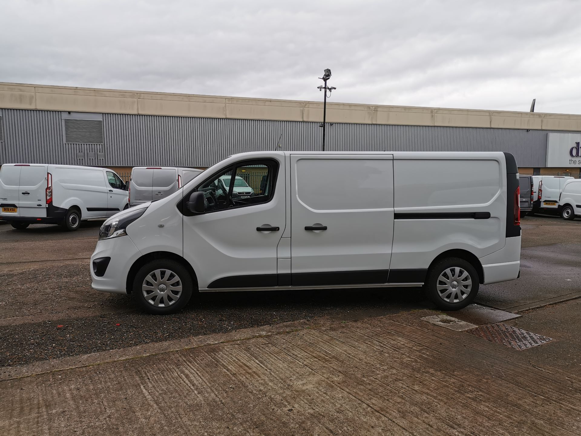 2018 Vauxhall Vivaro 2900 1.6Cdti 120Ps Sportive H1 Van (DS68JWC) Image 14