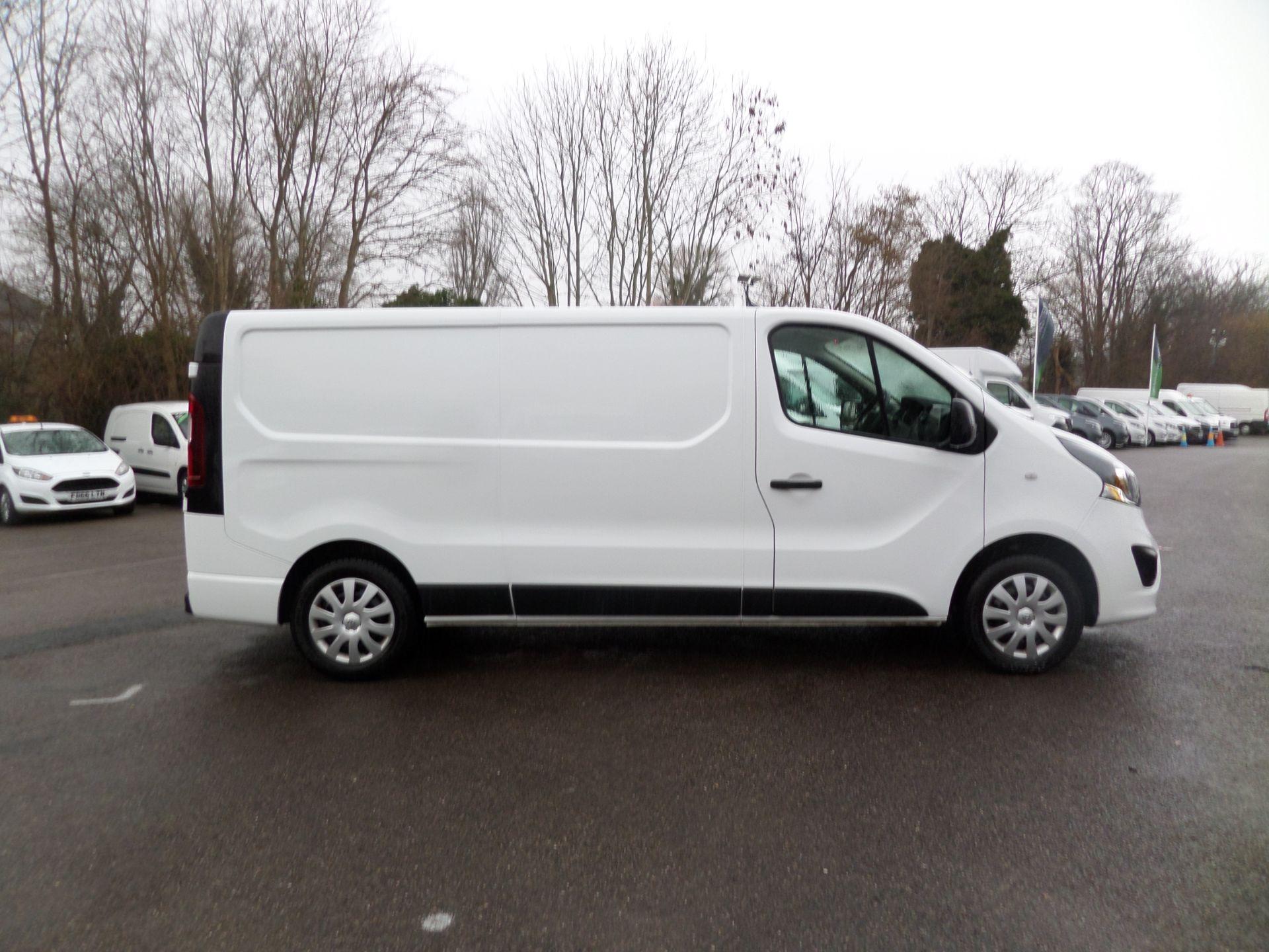 2018 Vauxhall Vivaro 2900 1.6Cdti 120Ps Sportive H1 Van Euro 6 (DS68JYR) Image 2