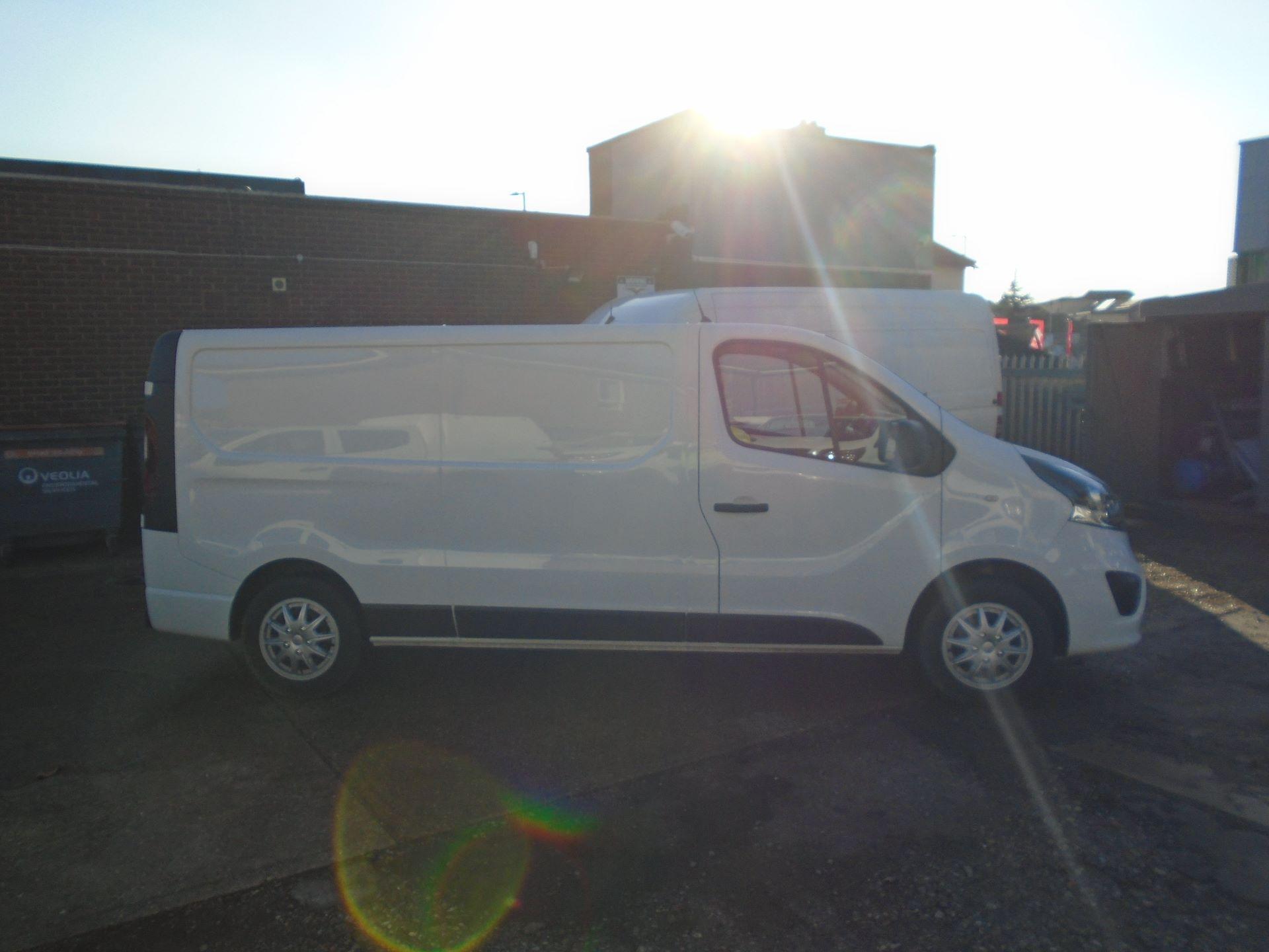 2018 Vauxhall Vivaro 2900 1.6Cdti 120Ps Sportive H1 Van( EURO 6) (DS68KAE) Image 3