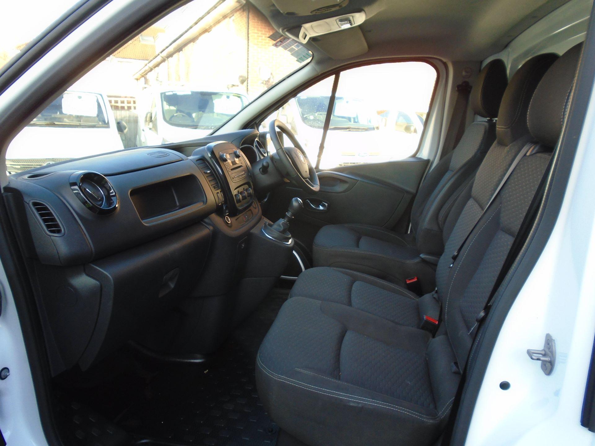 2018 Vauxhall Vivaro 2900 1.6Cdti 120Ps Sportive H1 Van( EURO 6) (DS68KAE) Image 11