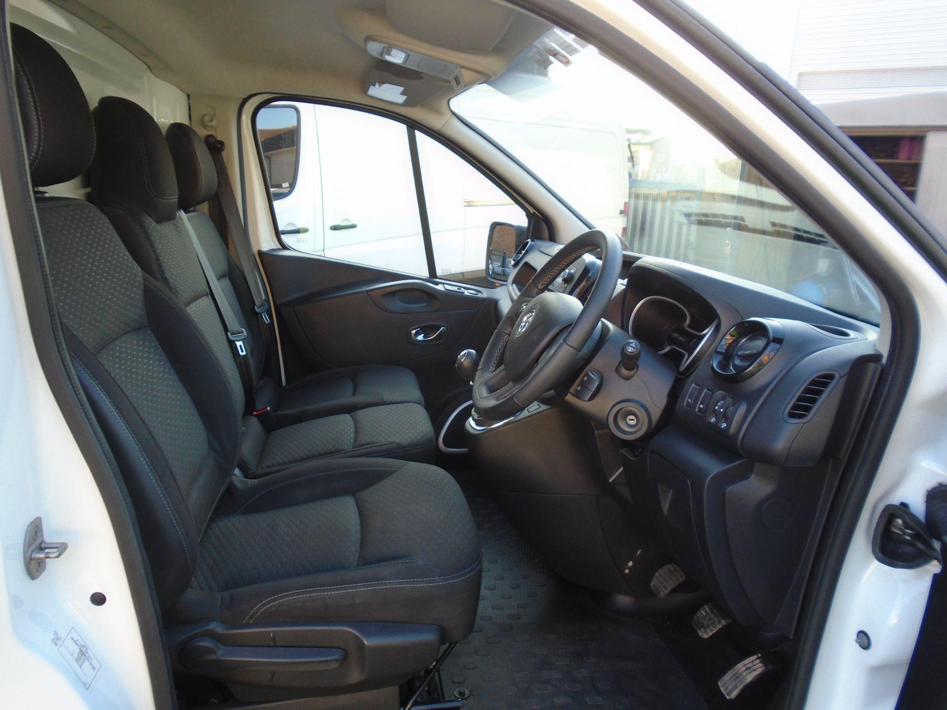 2018 Vauxhall Vivaro 2900 1.6Cdti 120Ps Sportive H1 Van( EURO 6) (DS68KAE) Image 12