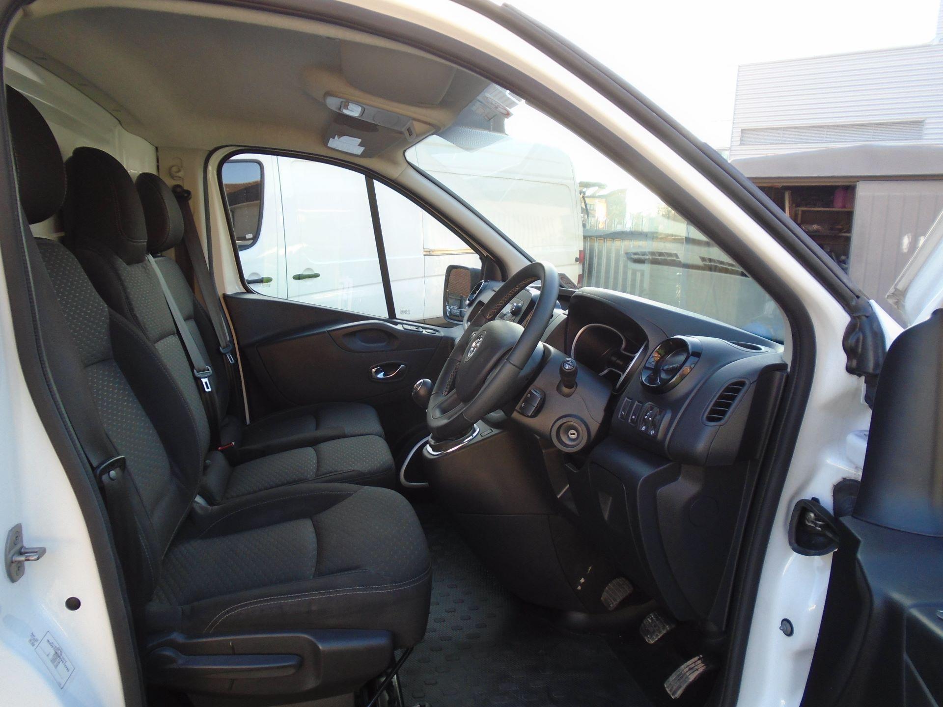 2018 Vauxhall Vivaro 2900 1.6Cdti 120Ps Sportive H1 Van( EURO 6) (DS68KAE) Image 13