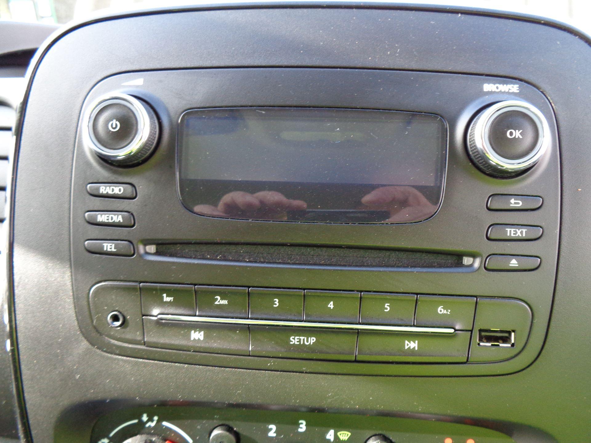 2018 Vauxhall Vivaro L2 H1 2900 1.6CDTI 120PS SPORTIVE EURO 6 (DS68KFR) Image 19