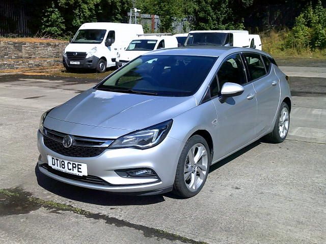 2018 Vauxhall Astra 1.6 Cdti 16V 136 Sri Nav 5Dr (DT18CPE) Image 17