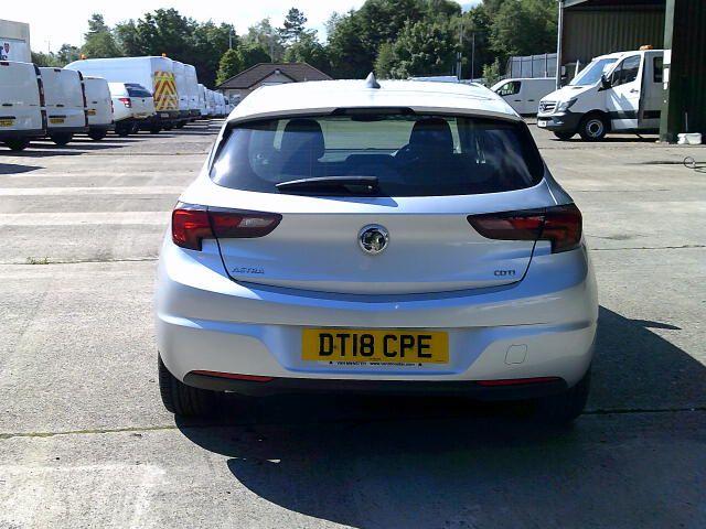 2018 Vauxhall Astra 1.6 Cdti 16V 136 Sri Nav 5Dr (DT18CPE) Image 13