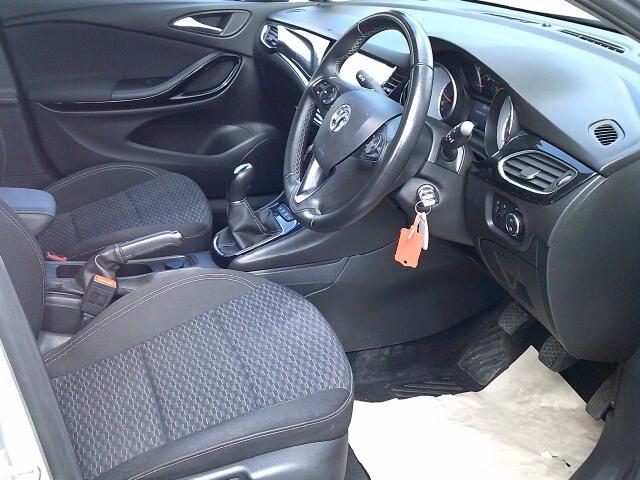 2018 Vauxhall Astra 1.6 Cdti 16V 136 Sri Nav 5Dr (DT18CPN) Image 2