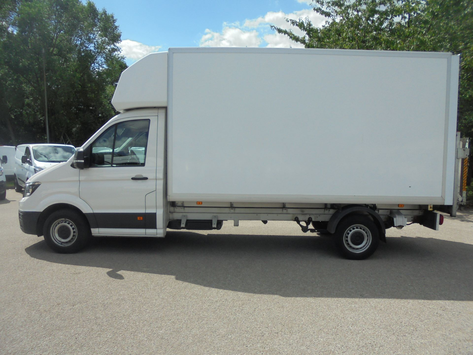 2018 Volkswagen Crafter 2.0 Tdi 140Ps Startline Chassis Cab (DT18LNZ) Thumbnail 4