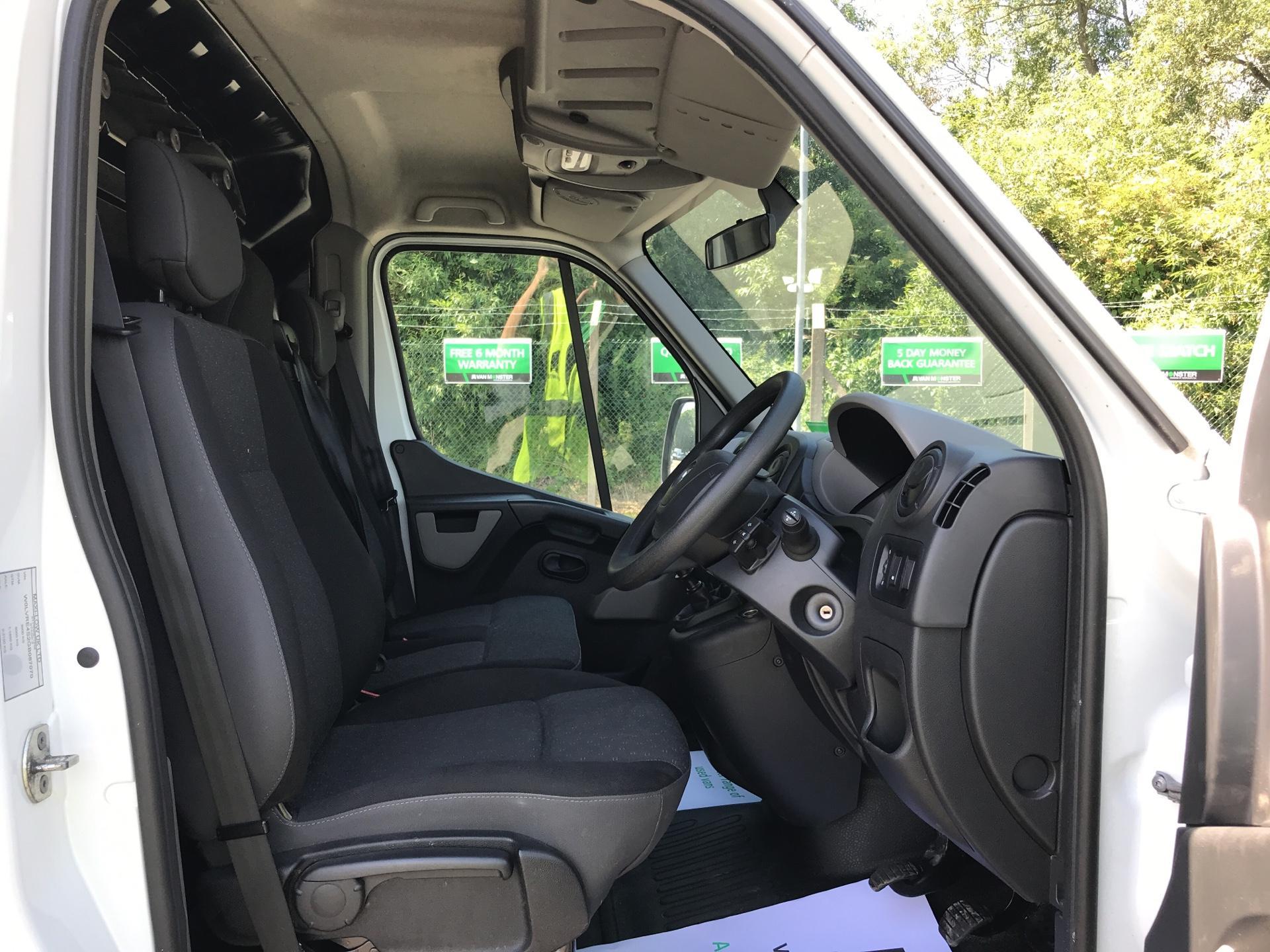2016 Vauxhall Movano F3500 2.3 CDTU BITURBO ECOFLEX H1 LUTON 136Ps (DT65AEE) Image 9