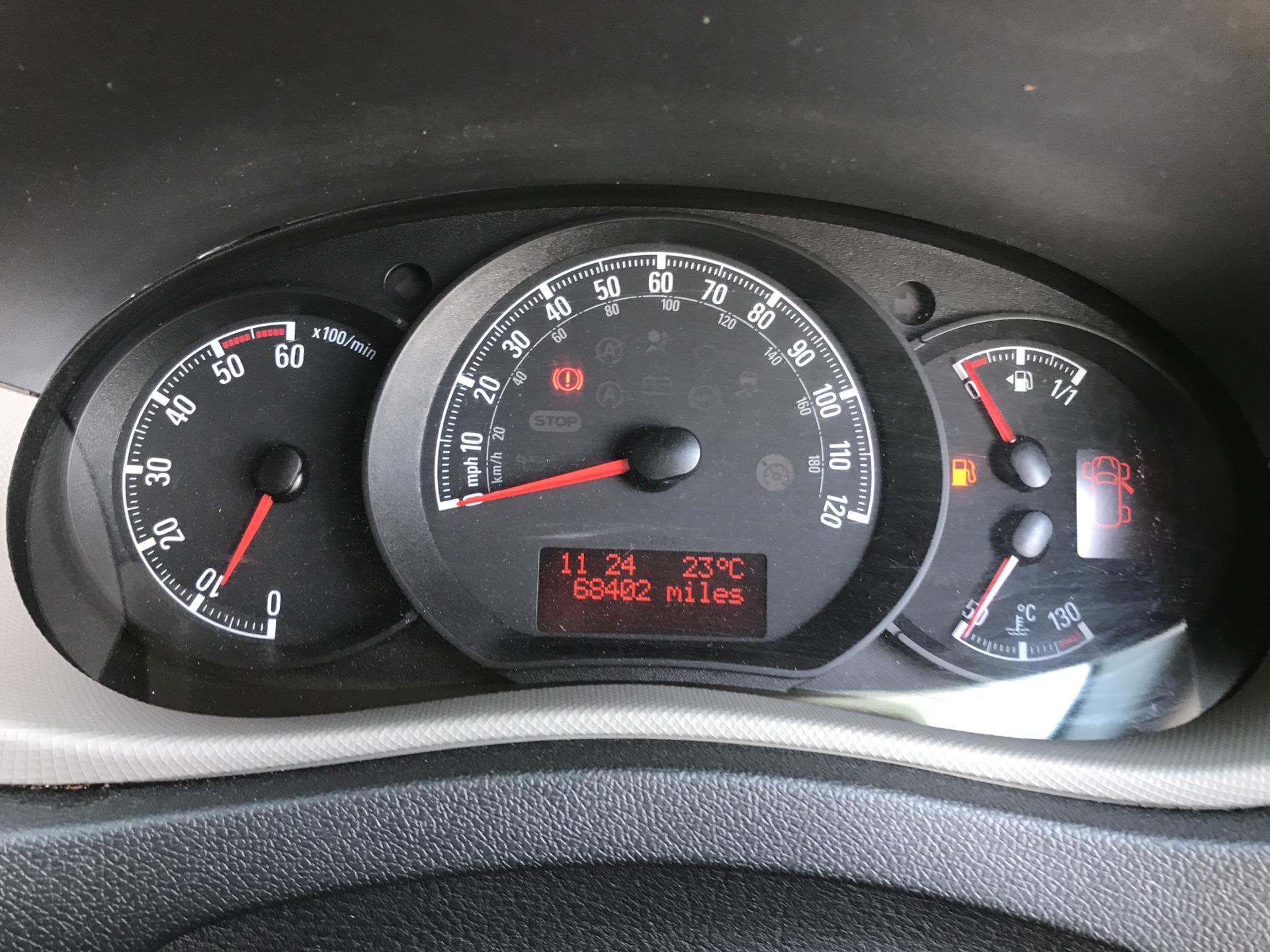 2016 Vauxhall Movano F3500 2.3 CDTU BITURBO ECOFLEX H1 LUTON 136Ps EURO 5  (DT65AEE) Image 13