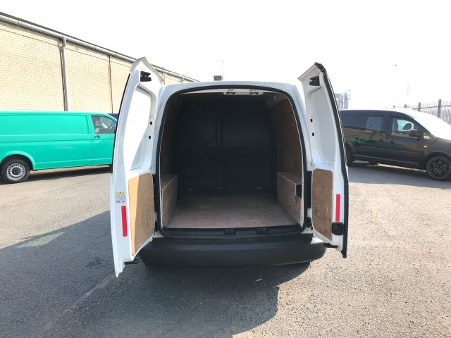 2014 Volkswagen Caddy Maxi 1.6TDI 102PS STARTLINE EURO 5 (DU14PVZ) Image 18