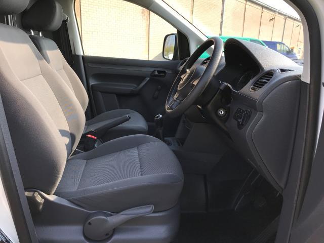 2014 Volkswagen Caddy Maxi 1.6TDI 102PS STARTLINE EURO 5 (DU14PVZ) Image 2