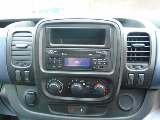 2015 Vauxhall Vivaro  L2 H1 2900 1.6 115PS EURO 5 (DU15AEJ) Image 18